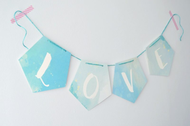 Free Wedding Printable: Pretty Watercolour Love Banner